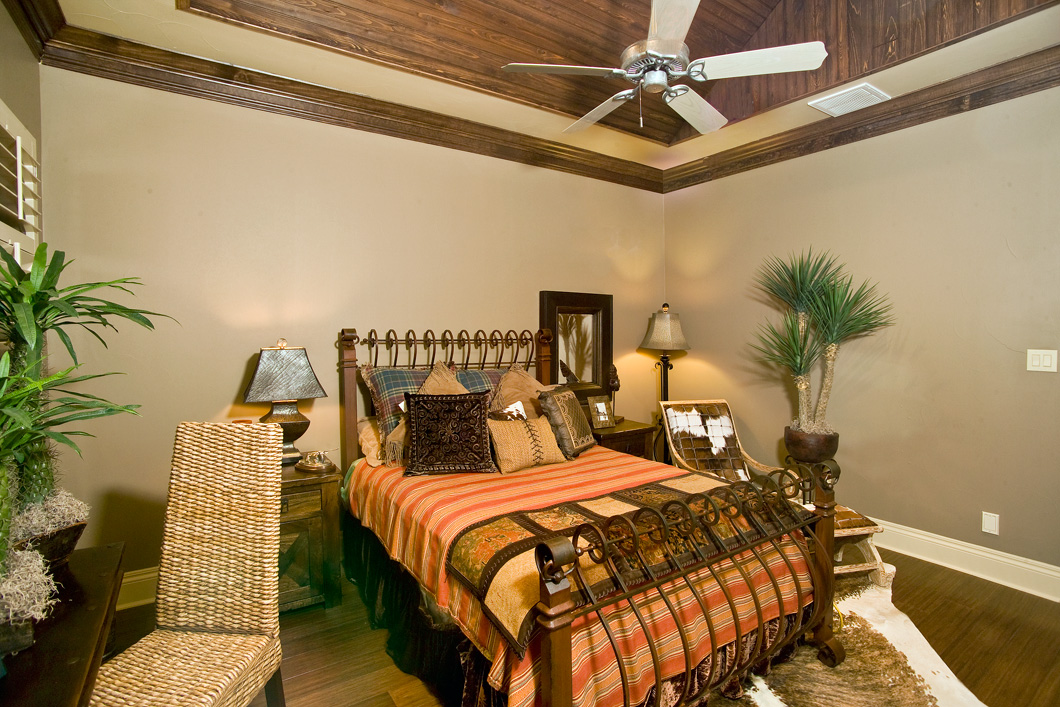 Custom-crafted bedroom furnishings & accessories by Calamity ...